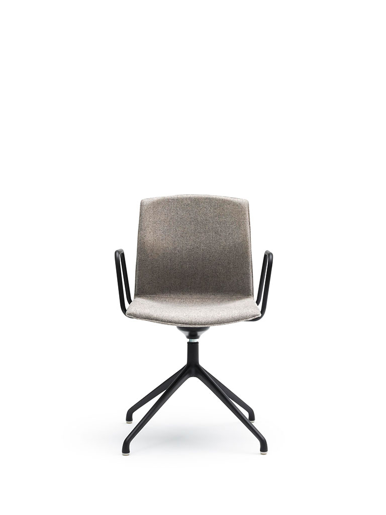 Kabi Swivel by AKABA | swivel chair | fully upholstered | fabric | with armrests