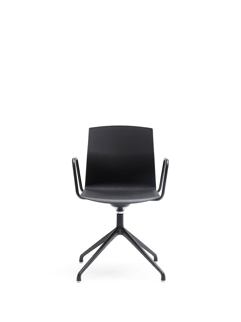 Kabi Swivel by AKABA | swivel chair | not upholstered | with armrests