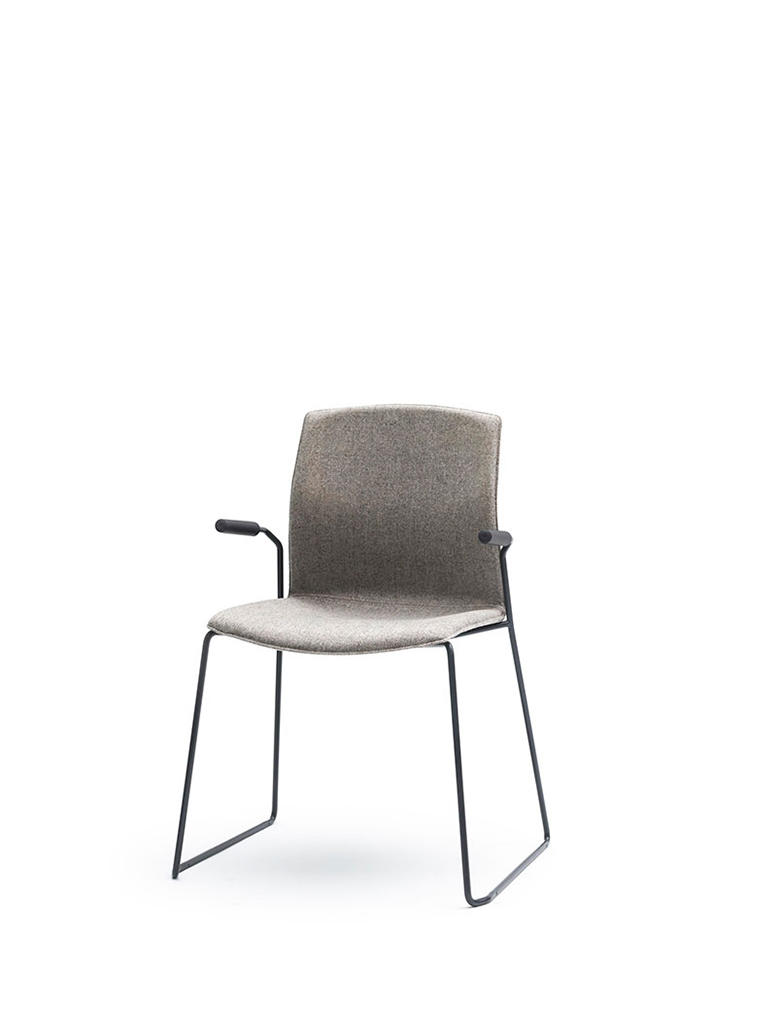 AKABA | Kabi Wire | skid-base chair | fully upholstered | with armrests