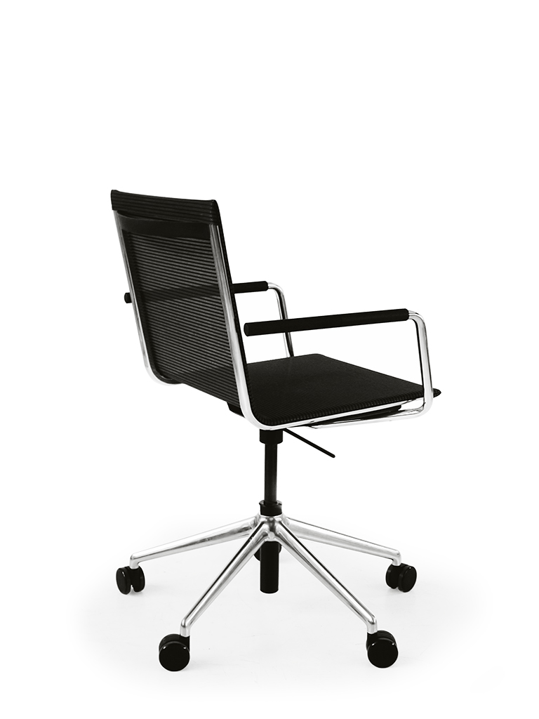BLAQ chair swivel_5-star base with castors