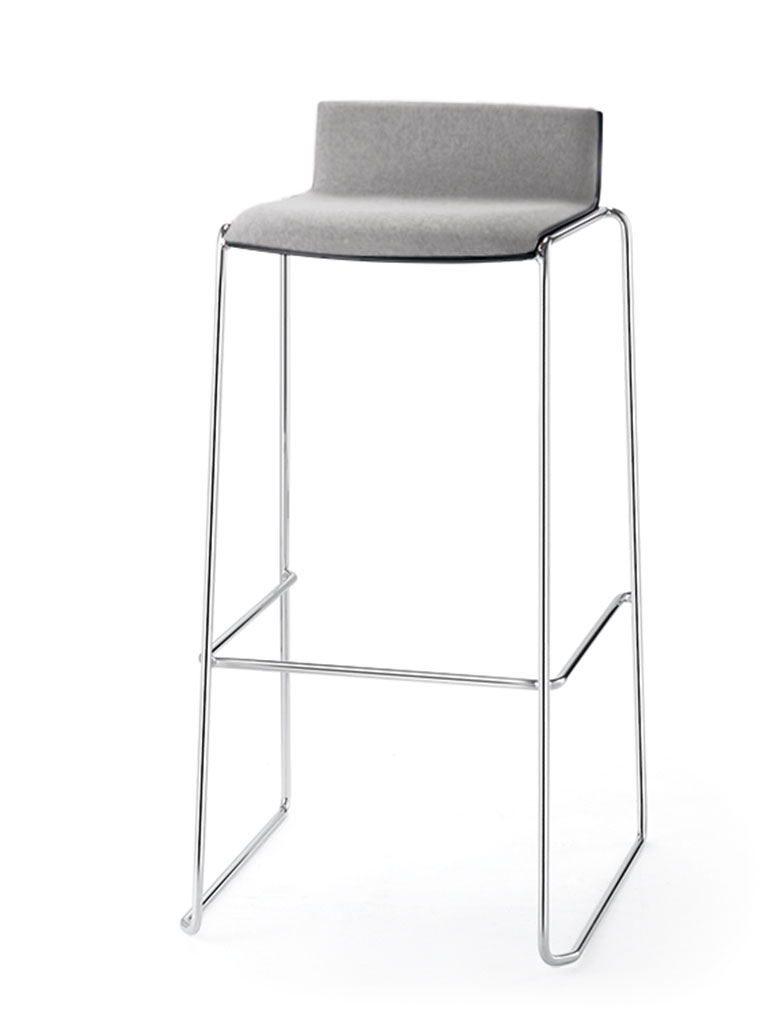 Eless barstool | fully upholstered front
