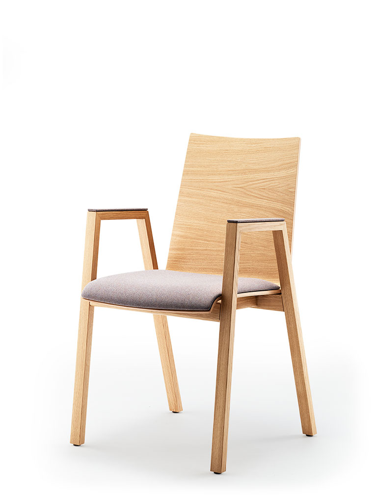 PAN | four-legged chair | upholstered seat | with armrests