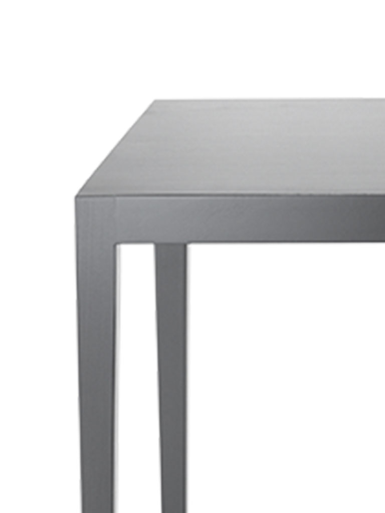 Kollektion.58 | Contract Table | teintée noir