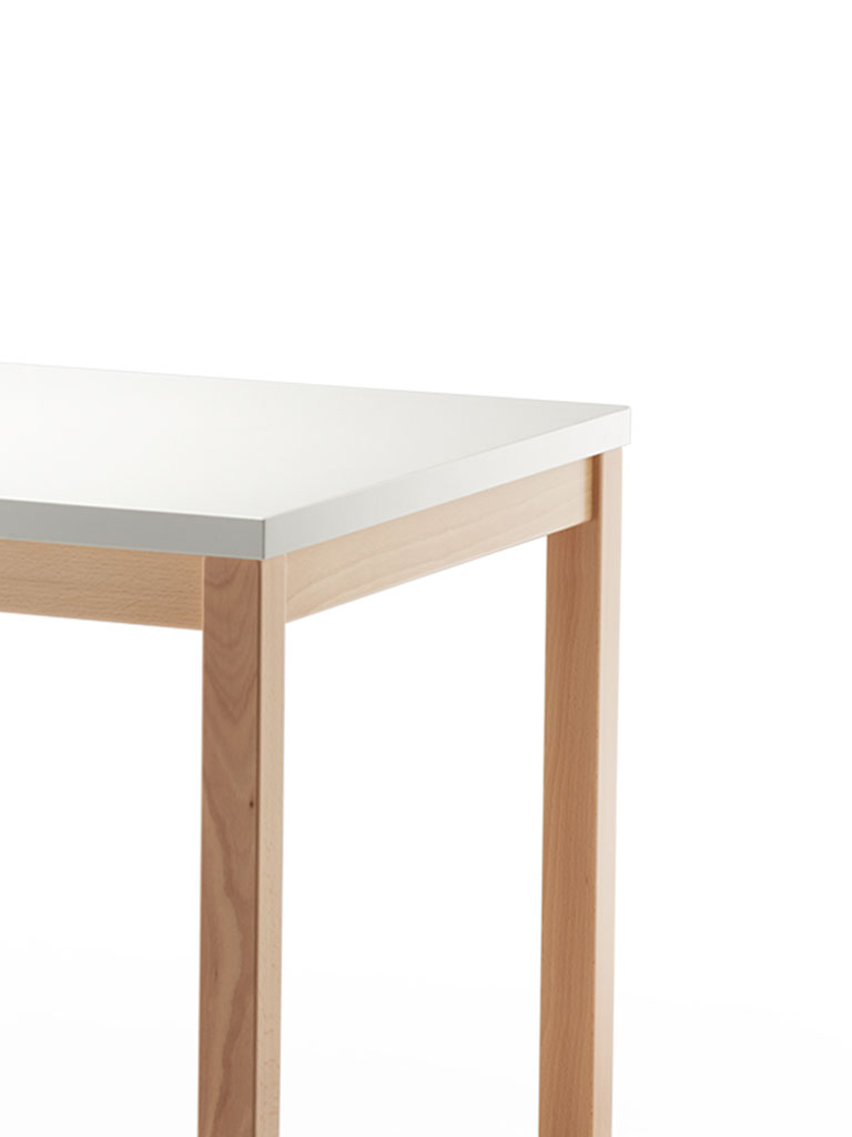 PAN | table 3900 | stained beech